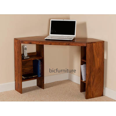 Corner wooden writing table