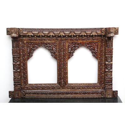 Wooden_jharokha_mumbai (1)