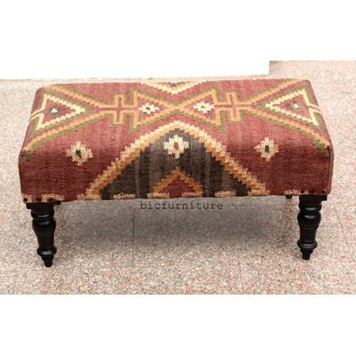 wooden_cushion_seat_mumai