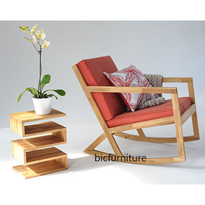 Wooden_sleek_rocking_ chair (1)