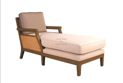 teak_chaise_lounge_with_cane