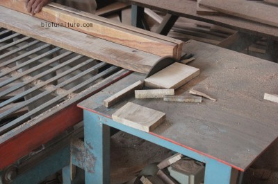 wooden_furniture_manufacturers_mumbai copy