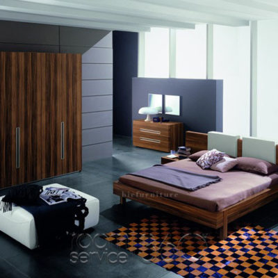 Modern_design_bed_room_set_in_pure_teak_wood
