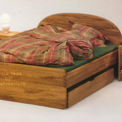 Bed_in_pure_teak_for_childrens