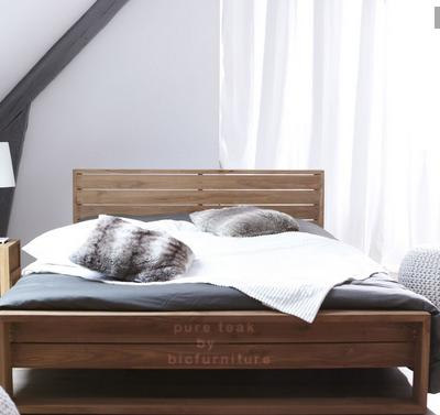 Bed_in_pure_teak_wood_for_mumbaikar