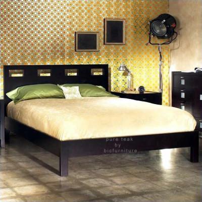 King_size_bed_in_teak_wood_with_dark_walnut_finish