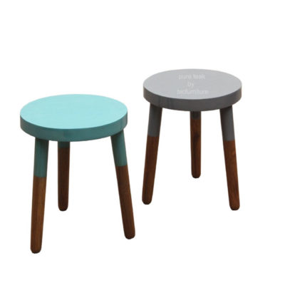Stools_in_teak_wood