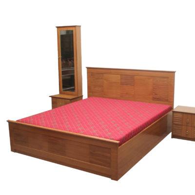 bedset_in_teakwood_veneer-plywood