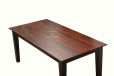 dining_table_with_smooth_finish_on_top