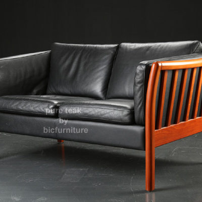 Wooden_comtemporary_two_seater_sofa
