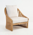 Comfortable_armchair_in_teakwood