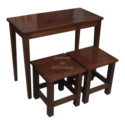 stool_and_table_with_simple_design_in_teakwood