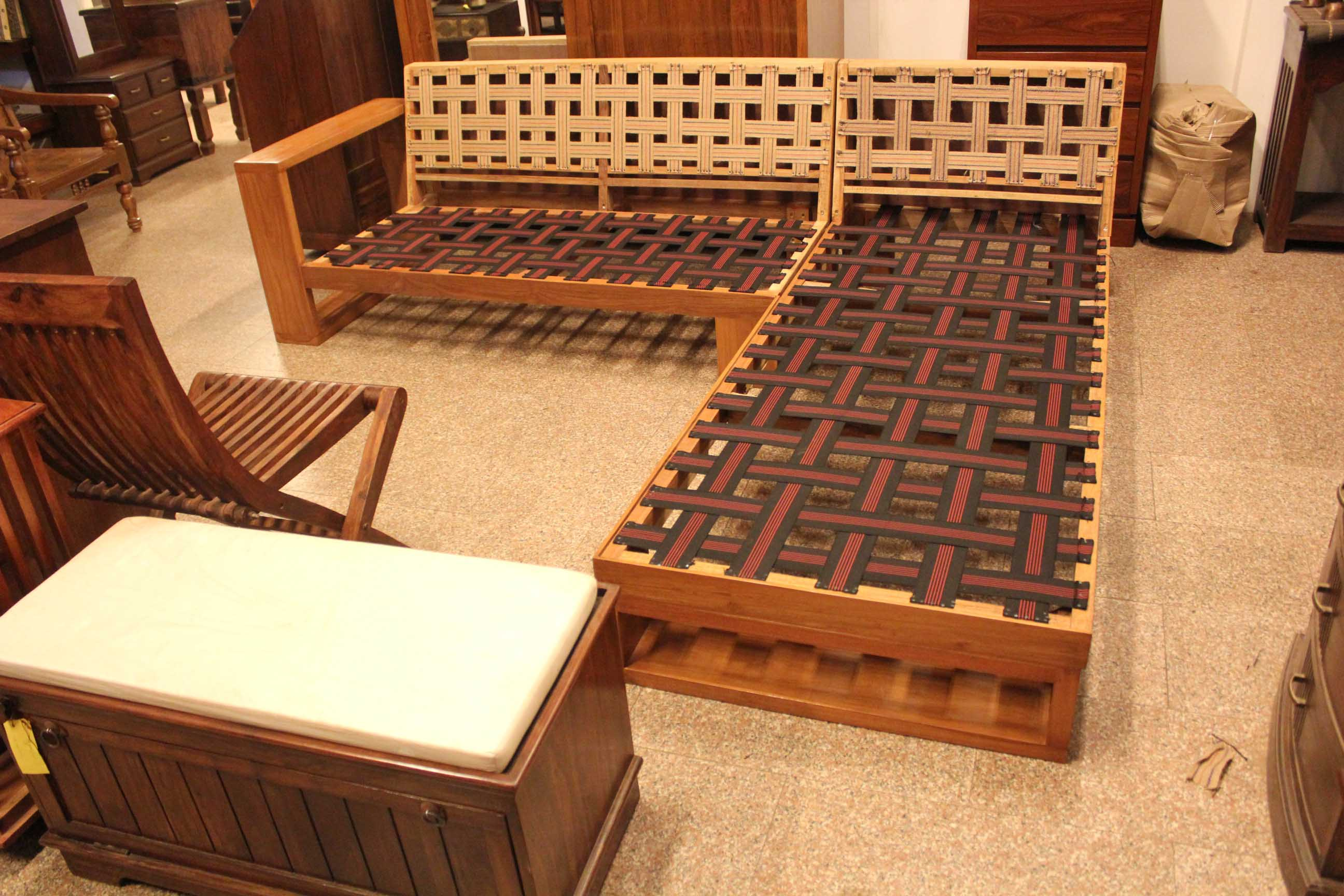 Sofa That An Ordinary Carpenter Makes For You Will Be Just Inspired Designs And Perfect Craftsmanship Come To Bic See How