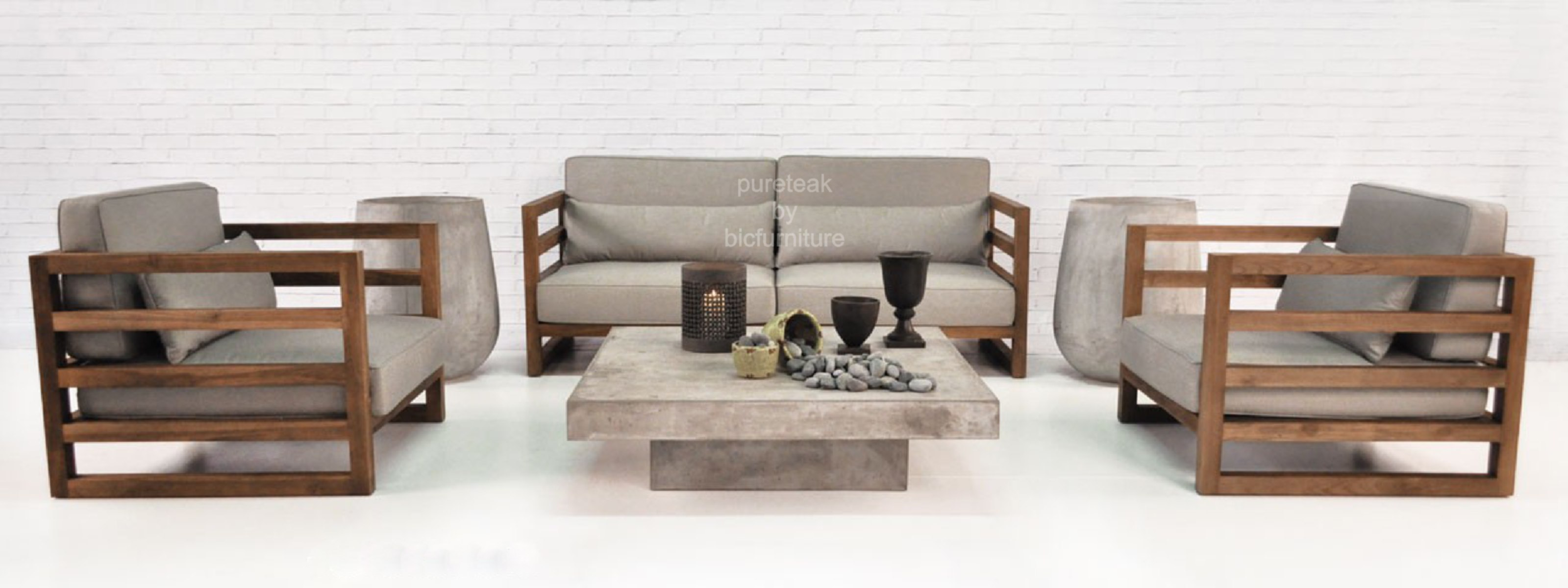 Buy Sleek Sofa that is suitable for your home in Mumbai